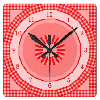 国の赤いギンガムの点検 スクエア壁時計