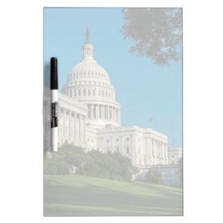 国会議事堂の建物の西の眺め ホワイトボード