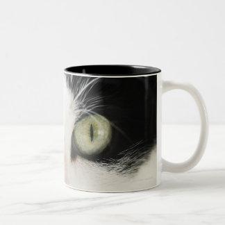 国内猫のポートレート ツートーンマグカップ