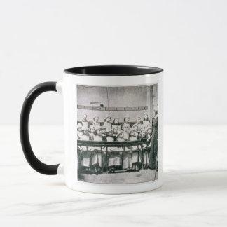 国内科学(b&wの写真)のレッスン マグカップ