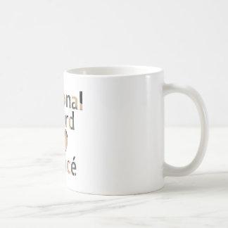 国家警備隊の婚約者のハートの迷彩柄 コーヒーマグカップ