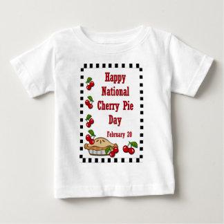 国民のさくらんぼパイ日2月20日 ベビーTシャツ