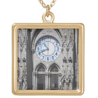 国民のバシリカ会堂、エクアドルの時計台 ゴールドプレートネックレス