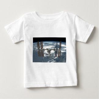 国際宇宙局ISSの努力2011年 ベビーTシャツ