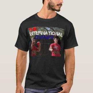 国際的なチャンピオン Tシャツ