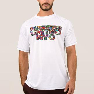 国際的な愛 Tシャツ