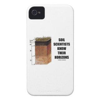 土の科学者は彼らの地平線を知っています Case-Mate iPhone 4 ケース
