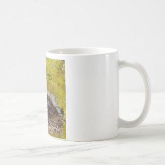 土は起こります コーヒーマグカップ