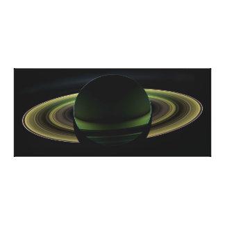 土星のバックリットの惑星 キャンバスプリント