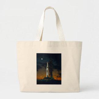 土星Vの宇宙ロケットNASA ラージトートバッグ