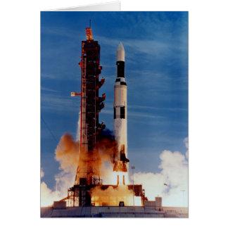 土星Vはスカイラブ計画の宇宙局を進水させます カード