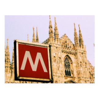 地下鉄でのilの大教会堂-ミラノ、イタリアの郵便はがき ポストカード
