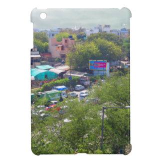 地下鉄の鉄道からのニューデリーインドの交通眺め iPad MINI カバー
