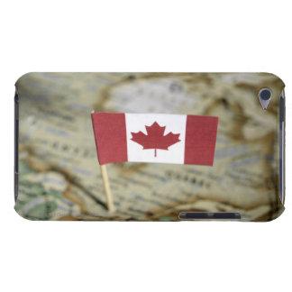 地図のカナダの旗 Case-Mate iPod TOUCH ケース