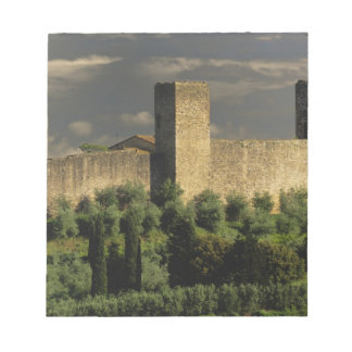 地域のMonteriggioni囲まれた市、の ノートパッド