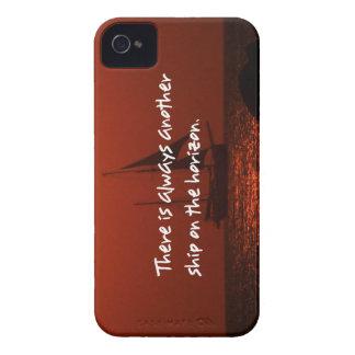 地平線にもう一つの船が常にあります Case-Mate iPhone 4 ケース