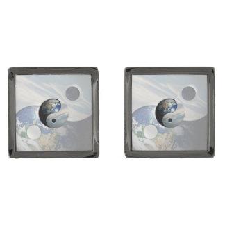 地球および空の陰陽 ガンメタル カフスボタン