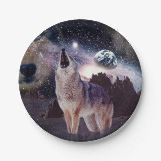 地球で遠ぼえしている月のオオカミ ペーパープレート