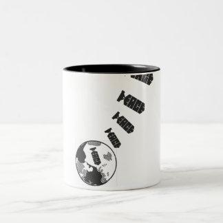 地球の平和 ツートーンマグカップ