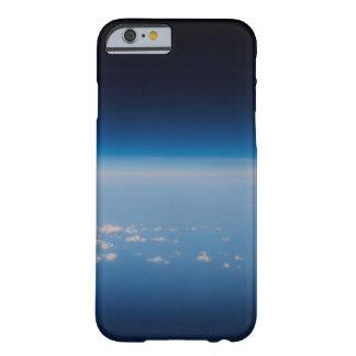 地球4の高度の写真 BARELY THERE iPhone 6 ケース