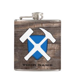 地質学者のスコットランドの石のハンマーの盾の旗 フラスク