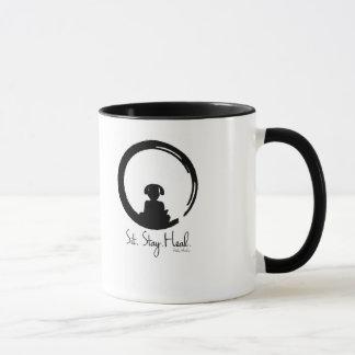 坐らせて下さい。 滞在。 直して下さい。 黙想のコーヒー・マグの後をつけて下さい マグカップ
