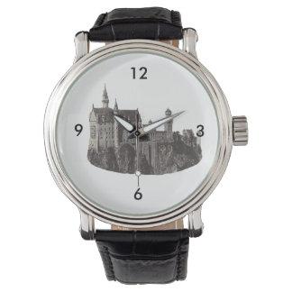 城のノイシュヴァンシュタイン城の白黒写真 腕時計