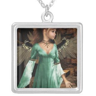 城の天使 シルバープレートネックレス
