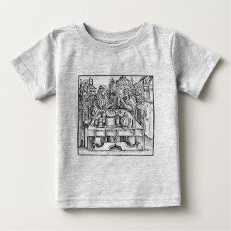 城の王室のな錬金術師 ベビーTシャツ