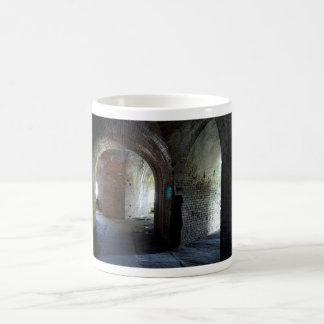 城砦のPickensの通路2 コーヒーマグカップ
