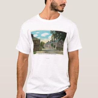 城砦Westonおよびブロックハウスの外観 Tシャツ