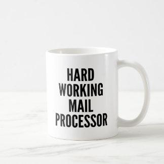 堅い働く郵便プロセッサ コーヒーマグカップ