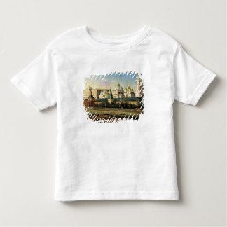 堤防からのモスクワクレムリンの眺め トドラーTシャツ