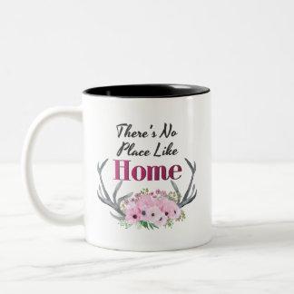 場所は家の花の(雄ジカの)枝角のマグを好みません ツートーンマグカップ