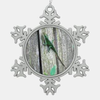 塀のトカゲ スノーフレークピューターオーナメント