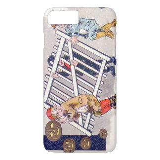 塀ハロウィーンのカボチャのちょうちんを盗んでいる子供 iPhone 8 PLUS/7 PLUSケース