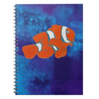 塩水の熱帯ピエロの魚 ノートブック