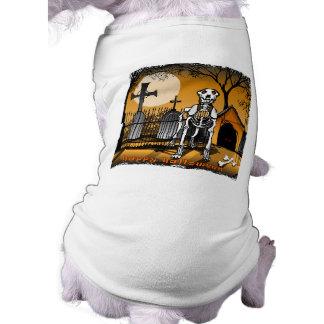 墓地の飼い犬のTシャツのハロウィンの骨組犬 ペット服