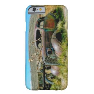 墓地車 BARELY THERE iPhone 6 ケース