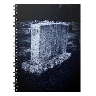 墓石のハロウィンのテーマのノート(80ページB&W) ノートブック
