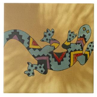 壁、チューソン、アリゾナの色彩の鮮やかなヤモリのトカゲ、 タイル
