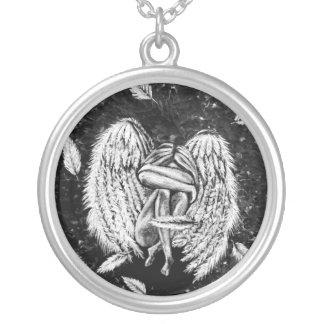 壊れた天使のネックレス シルバープレートネックレス