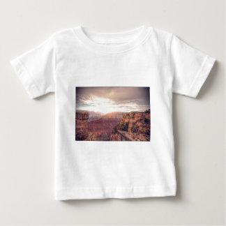 壮大なグランドキャニオン ベビーTシャツ