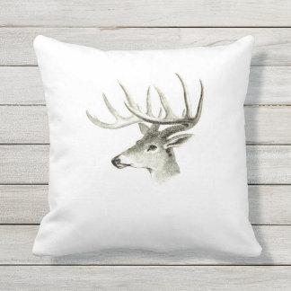 壮麗な雄鹿の屋外の枕 クッション