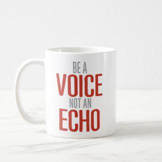 """""""声感動的なエコーではなく""""があって下さい コーヒーマグカップ"""