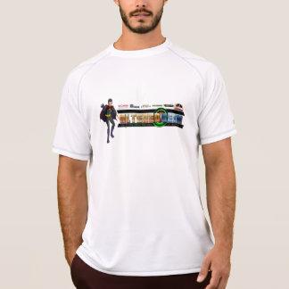 変えられたギークのエンターテイメント Tシャツ