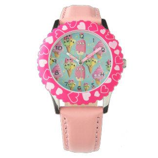 夏のアイスクリームの組合せ 腕時計