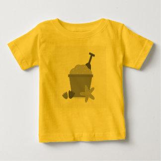 夏のイラストレーションを含むベビーデザイナーTシャツ ベビーTシャツ