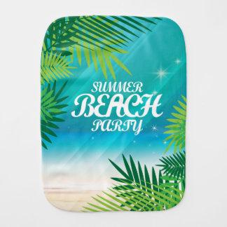 夏のビーチのパーティ バープクロス