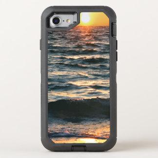 夏のビーチの日没 オッターボックスディフェンダーiPhone 8/7 ケース